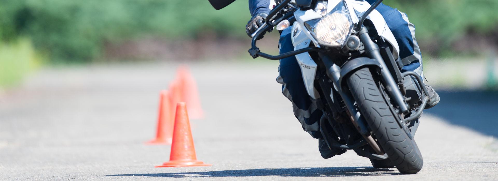 Motorrijbewijspoint Hellevoetsluis motor rijvaardigheid
